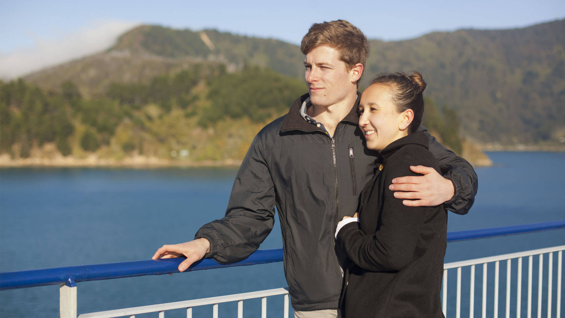 Young couple travel on Bluebridge ferry